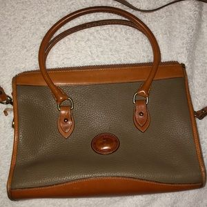 VINTAGE Dooney and Burke Purse w/ removable strap
